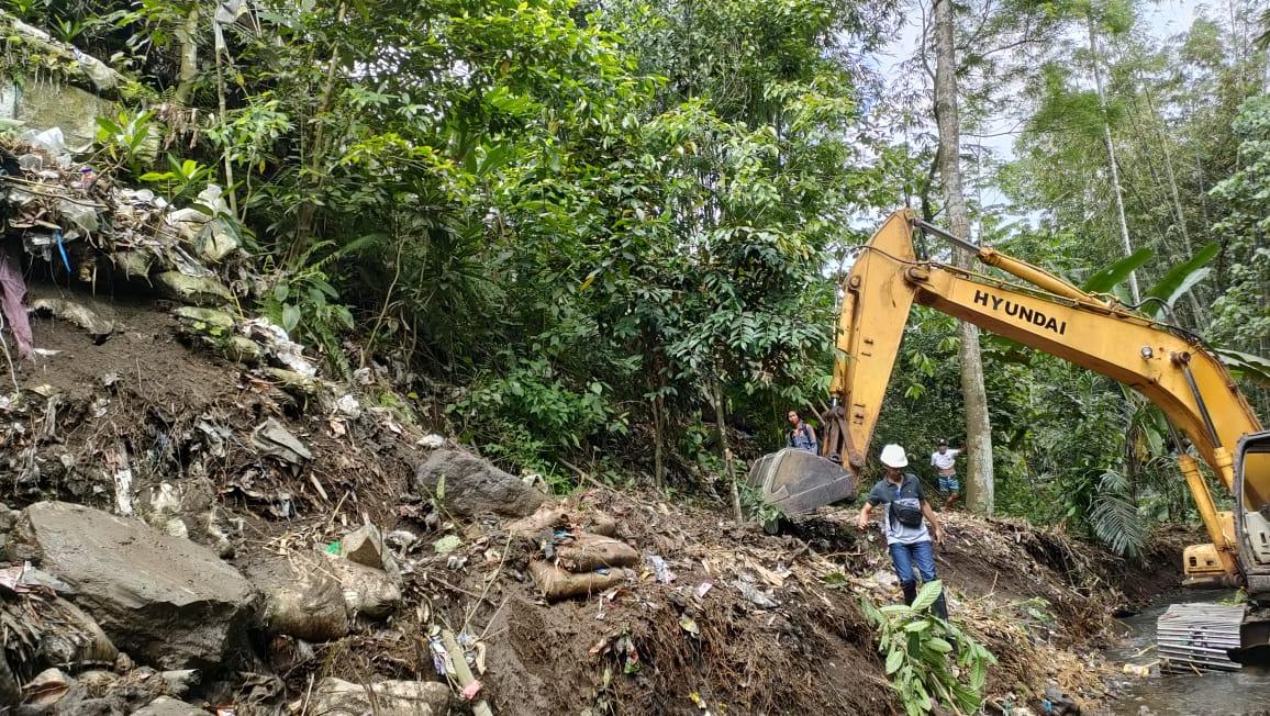 Pekerjaan Bronjong pada Saluran Primer Daerah Irigasi Sesaot